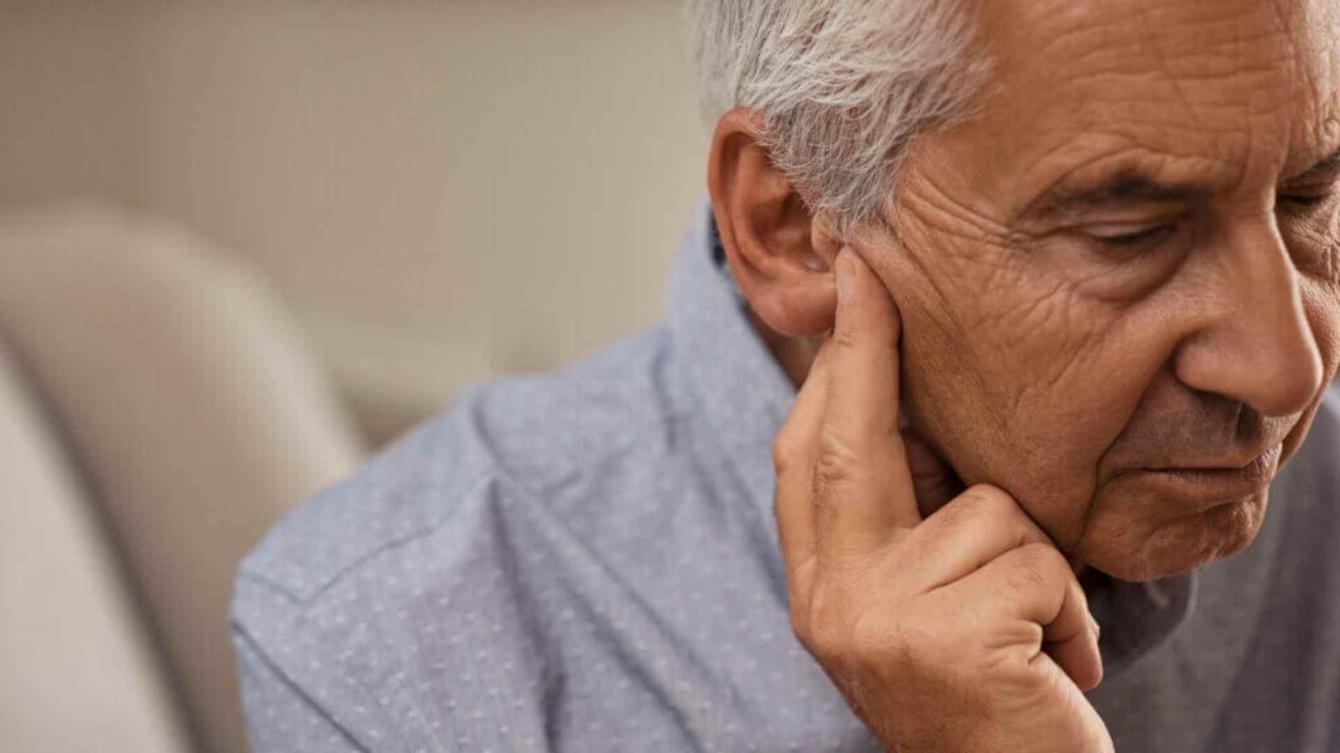 perda auditiva condutiva